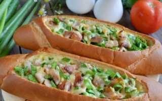 Бутерброды в духовке — рецепты горячей закуски на скорую руку с колбасой, сыром, шпротами и грибами
