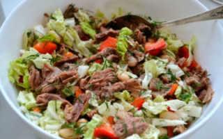 Салат с пекинской капустой и говядиной или языком