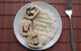 Куриный рулет с черносливом – рецепт. Ингредиенты: филе, чернослив, сыр