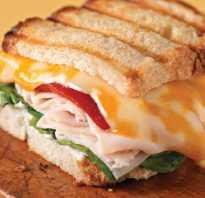 Бутерброды в микроволновке с колбасой и сыром
