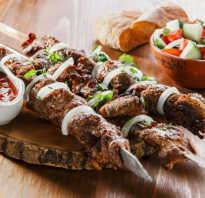 Шашлык из говядины – 6 самых вкусных рецептов и секреты маринада, чтобы мясо было мягким и сочным