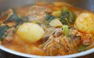 Чем можно разнообразить меню? Необычным супом из свинины в мультиварке!