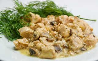Курица с грибами в сливочном соусе: в сковороде, духовке или мультиварке