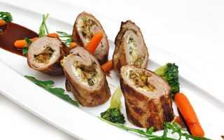Рулетики из свинины с грибами в духовке: готовим вкусно, быстро и без хлопот!