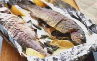 Красная рыба, запеченная с лимоном в духовке