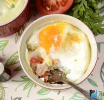 Яйцо со сливками, запеченное в формочке