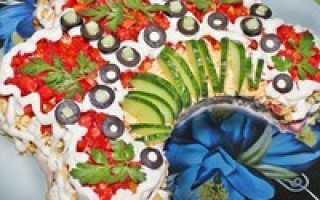 Салат «Русская красавица»: различные варианты рецептов, фото готовых блюд –