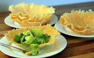 Салат в сырных корзиночках рецепт с фото