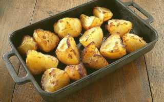 Картошка в духовке — 10 вкусных рецептов приготовления