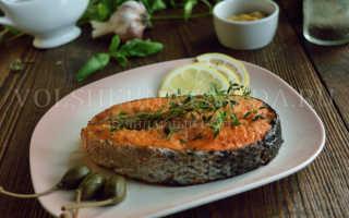 Лосось, запеченный в фольге в духовке: готовим сочные и полезные рыбные стейки
