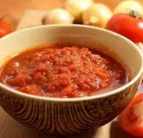 Хреновина с помидорами – пикантная, вкусная и очень жгучая приправа