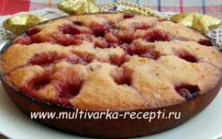 Пирог со сгущенкой – 6 быстрых и вкусных рецептов приготовления в духовке, в мультиварке и на сковороде
