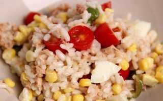 Салат с кукурузой и рисом – новые варианты блюд
