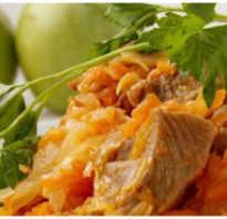 Тушеная квашеная капуста — 5 вкусных рецептов!