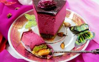 Торт с муссом из черной смородины