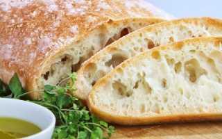 Хлеб чиабатта, хрустящая выпечка родом из Италии