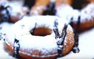 Как приготовить пышные пончики на сгущенке по пошаговому рецепту с фото