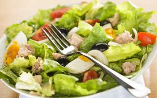 Салат Нисуаз – вариации провансальского блюда, пришедшего из Средиземноморья –
