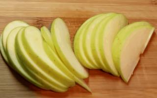 Розочки из теста с яблоками. 4 пошаговых рецепта с фото