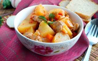 Индейка с тушеной картошкой / Рецепт с фото