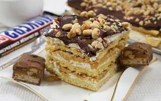 Пошаговый рецепт воздушного торта Сникерс с безе