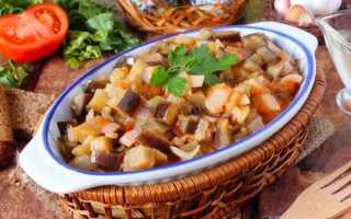 Тушеные баклажаны — 8 быстрых и вкусных рецептов